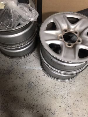 2007-2014 4oem 18inch Toyota Tundra Rims W/ Lugnuts and caps (USED) for Sale in Elgin, SC