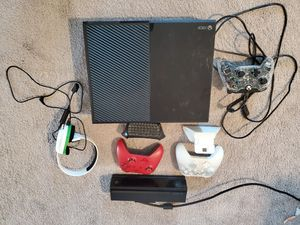 Xbox One bundle for Sale in Mooresville, NC
