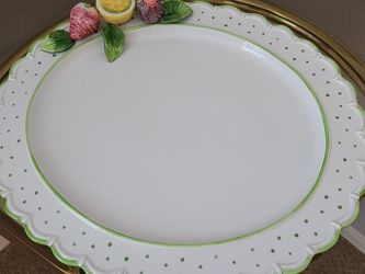 True VINTAGE, MID CENTURY. EASTER SERVING PLATE for Sale in Tampa,  FL