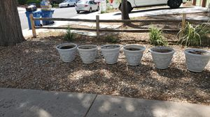 Plastic flower pots L 14 in x D 17.5 for Sale in Aurora, CO