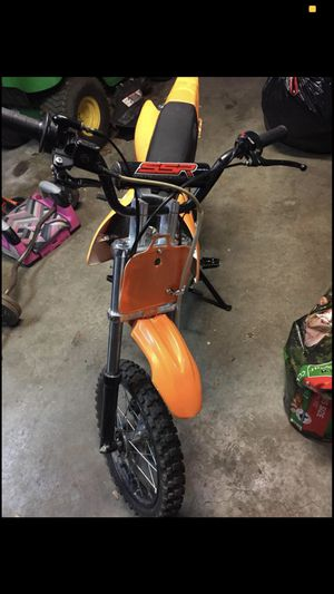 125 dirt bike for Sale in Brook Park, OH
