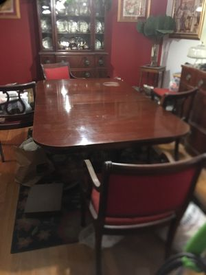 Antique Dining Room table with 6 chairs for Sale in Greenwood, MS