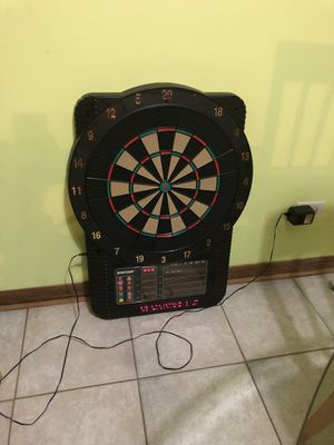 Electronic Dart Board (DARTS NOT INCLUDED) Works perfect Life for Sale in Bloomingdale, IL