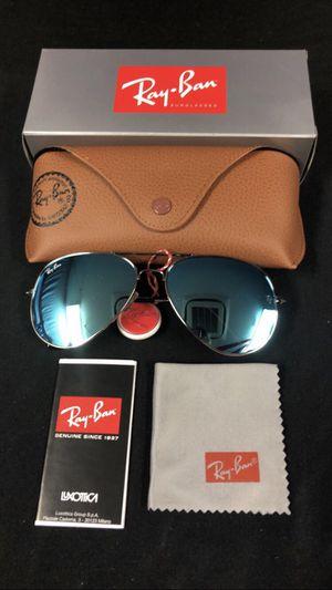 Blue aviator sunglasses for Sale in Ballwin, MO