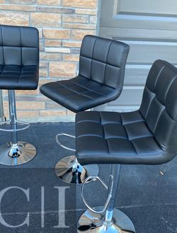 New 3 Black Bar Stools for Sale in Windermere,  FL