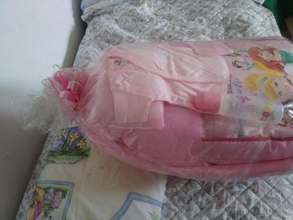 Baby shower bathub gift