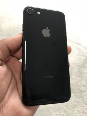 iPhone 8 with a 30 Day Warranty! (Unlocked) for Sale in Beverly Hills, CA