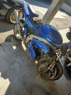 2002 triumph daytona 955i for Sale in La Mirada, CA