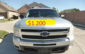 👑$12OO 👑URGENT For sale📕 2011 Silverado Runs and drives perfect Clean title!! for Sale in Washington, DC