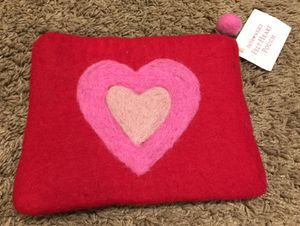 Cute FELT HEART POUCH/ MAKEUP BAG... Great STOCKING STUFFER! for Sale in San Diego, CA