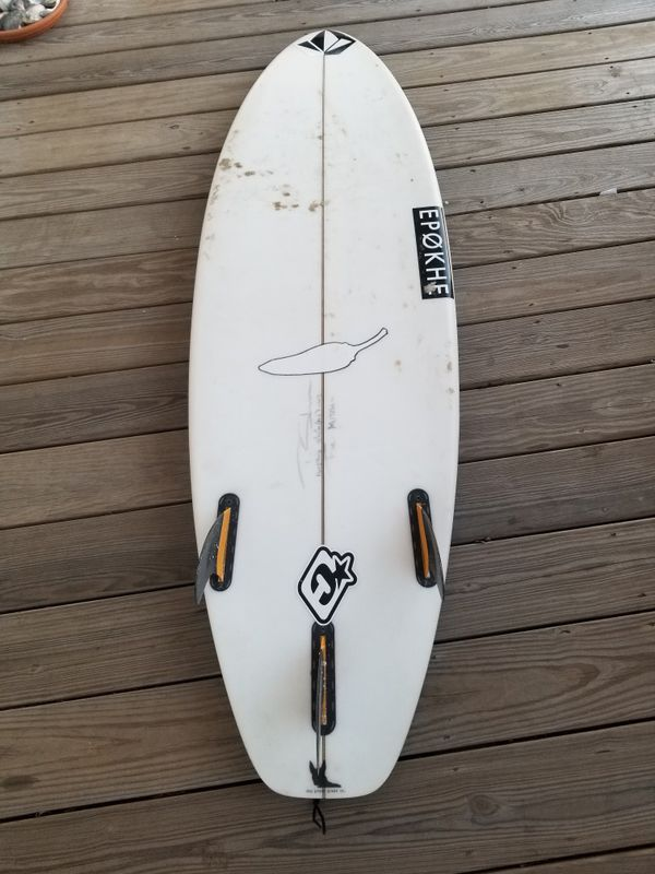 Chili 5'10 Surfboard