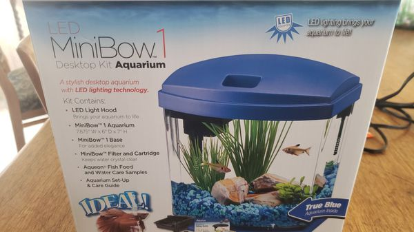 Aqueon desktop aquarium with filter