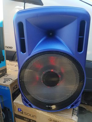 IQ sound 12 in speaker with lights blue for Sale in Norwalk, CA