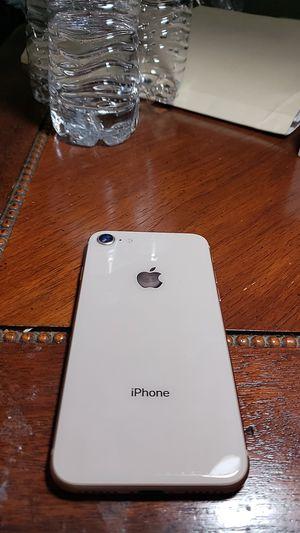 IPhone 8 unlocked 64g for Sale in Reynoldsburg, OH