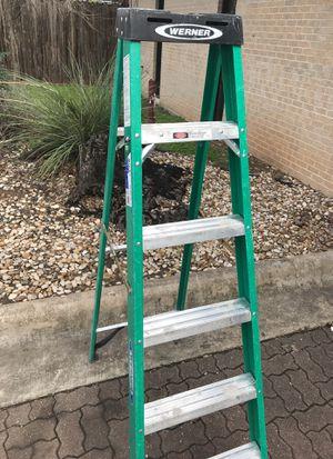 225 pounds light wight aluminum green ladder 6Feet for Sale in Austin, TX