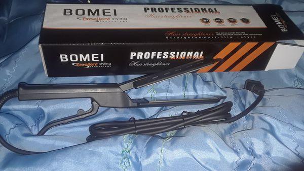"""HOMEI"" PROFESSIONAL HAIR STRAIGHTENER"