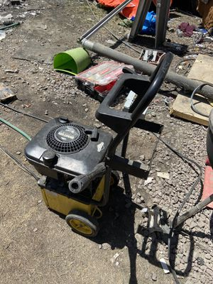 Briggs and Stratton Quantum Power 5 HP Pressure Washer for Sale in Oakland, CA