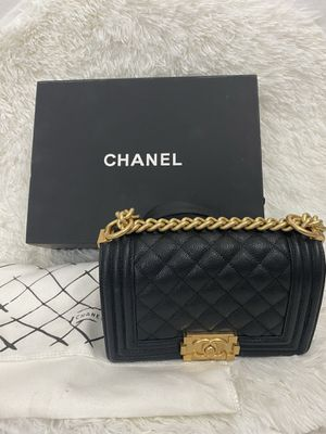 CHANEL Lambskin Quilted Boy Flap for Sale in North Miami Beach, FL
