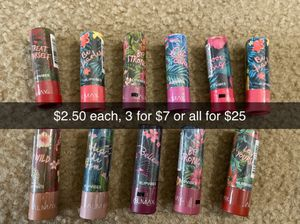 Almay lip for Sale in Deerfield Beach, FL