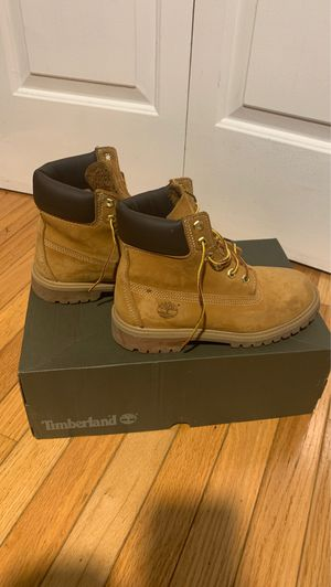Timberland Size 4 Boys for Sale in Silver Spring, MD