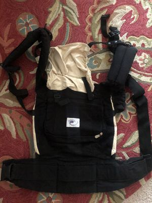 Baby ergo carrier for Sale in Annandale, VA