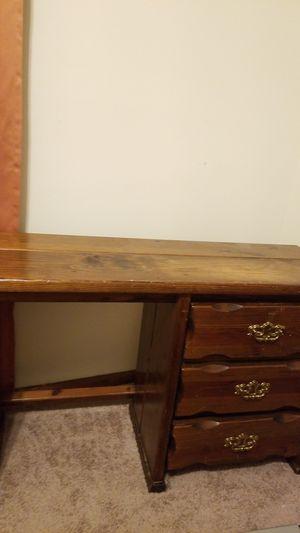 Desk for Sale in Glen Raven, NC