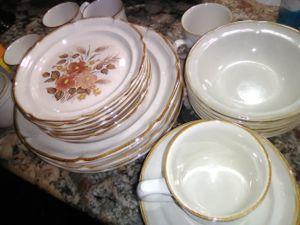 International Endura Stoneware for Sale in Lakeland, FL
