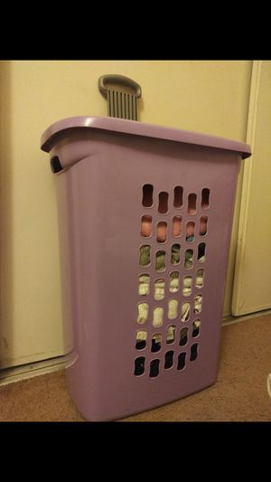 Sterilite Laundry Basket for Sale in Seattle, WA