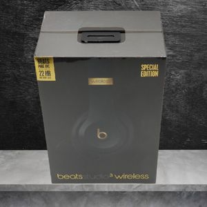 Beats Studio 3 Special edition for Sale in South Gate, CA