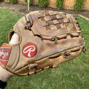 Rawlings Heart of the Hide Baseball Glove PRO1000-B for Sale in Kenmore, WA