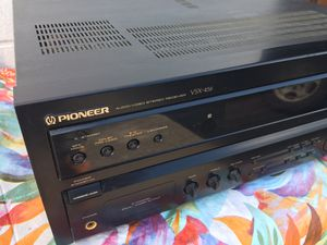 Pioneer VSX 456 Surround Sound stereo Receiver for Sale in St. Petersburg, FL