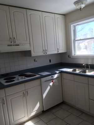 White kitchen cabinets for Sale in Maryland Heights, MO