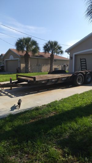 ENCLOSED TRAILER 20 ft/ 14 000 lbs for Sale in Lehigh Acres, FL