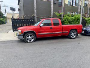 1999 Chevrolet Silverado 1500 LS for Sale in Los Angeles, CA