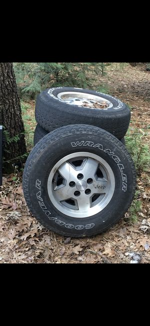 Jeep Wrangler stock wheels for Sale in Linden, CA