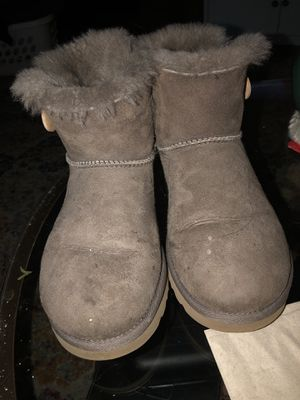 Size 7 Uggs for Sale in Kirkland, WA