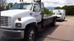 GMC C7500 flatbed 6 speed air brake truck for Sale in Colorado Springs, CO