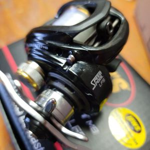 Lews Tournament Speed Spool LFS 6.8.1 Right Handed for Sale in Long Beach, CA