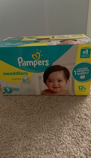 Size 5 132 count disposable diapers (pampers brand) for Sale in Waldorf, MD