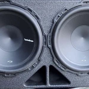 Rockford Fosgate P2 12's In Qbomb Box for Sale in Cleveland, OH