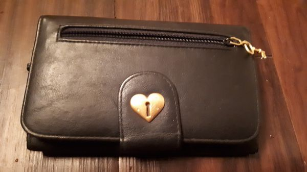 Very Good Condition Black Leather Wallet