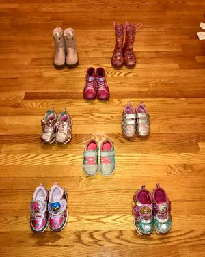 Toddler Girls Shoes - size 9 for Sale in Chicago, IL