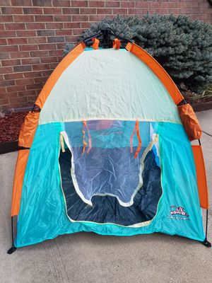 Kids waterproof travel tent /collapsible for Sale in Sterling, VA