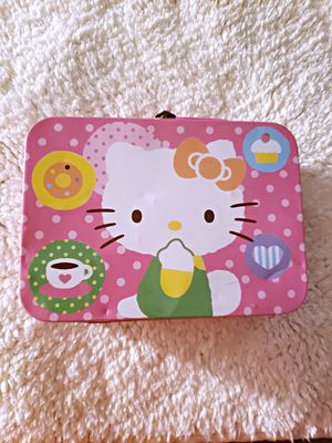 FAIRLY NEW HELLO KITTY LUNCH BOX PINK for Sale in Nashville, TN