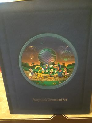 Walt Disney world story book ornament set for Sale in North Smithfield, RI