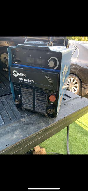 Miller xmt 304 cc/cv dc inverter arc welding machine, welder in great condition for Sale in Torrance, CA