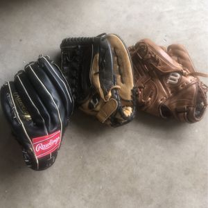 Softball Gloves for Sale in San Diego, CA