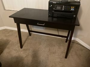 Small writing type desk for Sale in Gilbert, AZ