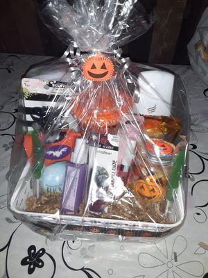Halloween baskets woman for Sale in Long Beach, CA