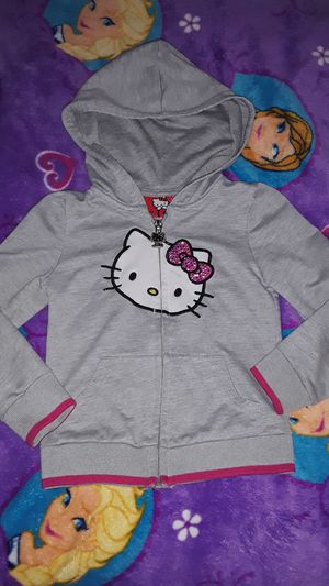 Hello kitty sweater size 3t for Sale in Bell Gardens, CA